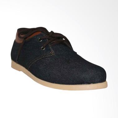 Sepatu Kanvas untuk Pria Terbaru   Ori - Harga Promo  e84863cf74