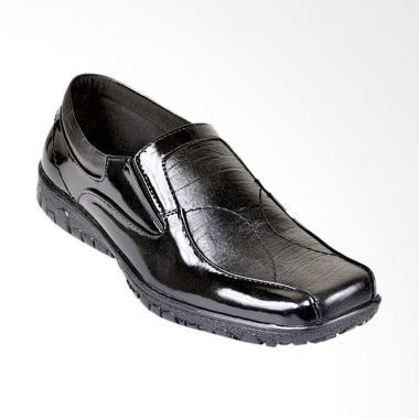 CBR Six Sepatu Formal Pria - Hitam [TFC 388]