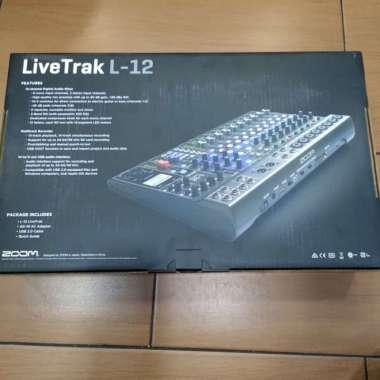 harga Zoom LiveTrack L12 Digital Mixer Resmi MULTICOLOUR Blibli.com