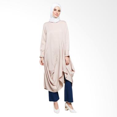 https://www.static-src.com/wcsstore/Indraprastha/images/catalog/medium//97/MTA-2498362/covering-story_covering-story-chloris-long-dress-muslim-wanita_full06.jpg
