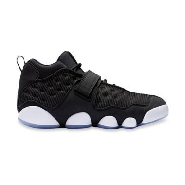 NIKE Jordan Black Cat Sepatu Basket Pria 07bd9b8631