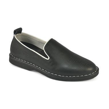 Daftar Harga Sepatu Casual Pria Kulit Asli Cbr Six Terbaru Maret ... e2afcbfce8