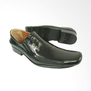Kickers Sepatu Pria - Black [7043]