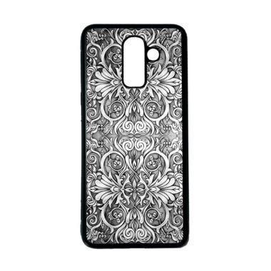CARSTENEZIO Motif Batik 21 Softcase Casing for Samsung Galaxy J8 - Hitam