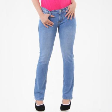 JSK Jeans 9135 Cutbray Jeans - Biru Muda