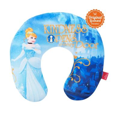 https://www.static-src.com/wcsstore/Indraprastha/images/catalog/medium//988/disney_disney-princess-cinderella-neck-cushion_full03.jpg