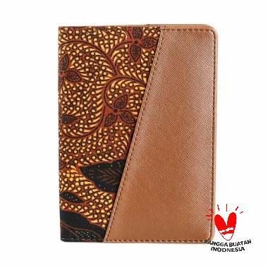 harga Bukuku Batik Premium Sidomukti Dompet Passport - Coklat Blibli.com