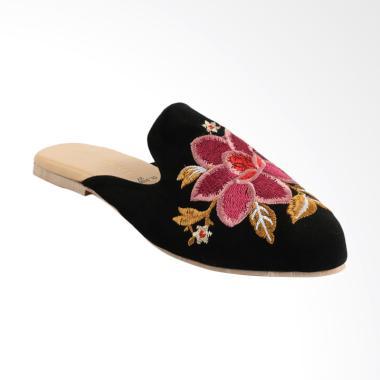 Jual Sepatu Yongki Komaladi Model Terbaru - Harga Menarik  37d6f4d637