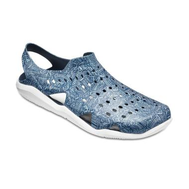 Crocs Swiftwater Wave Graph Sandal Olahraga Pria ... 20ce225a26