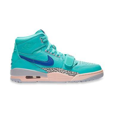 NIKE Air Jordan Legacy 312 Hyper Jade Sepatu Basket Pria - Blue 0bcdd8df3b