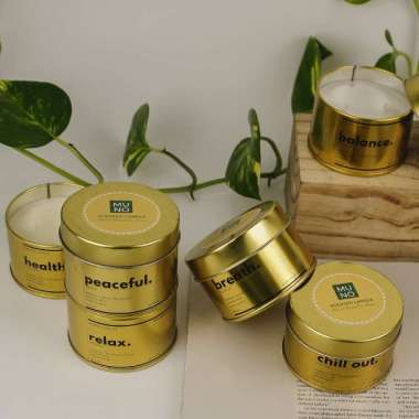 harga Muno Folk Soy Scented Candle Aromatherapy [Gold Tin/ 5 Oz] -  Sweet (Vanilla) Blibli.com
