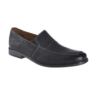 Clarks Holmby Step Black Lea Sepatu Pria 26119679