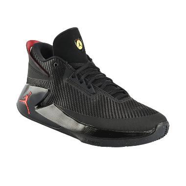 NIKE Jordan Fly Lockdown Men Basket ...  Basket Pria [AJ9499-012]