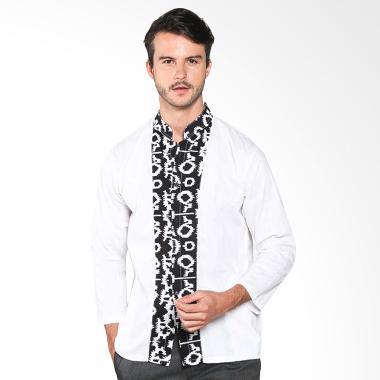 Batik Distro K7899 Pola Tengah Panjang Kemeja Pria - Putih