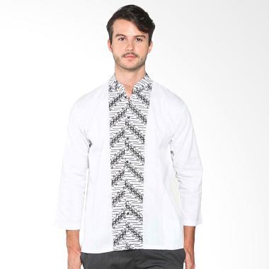 Batik Distro K7900 Pola Tengah Panjang Kemeja Pria - Putih
