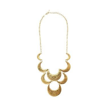 https://www.static-src.com/wcsstore/Indraprastha/images/catalog/medium/cherise-paxton_cherise-paxton-dacey-ethnic-necklace-kalung---gold_full05.jpg