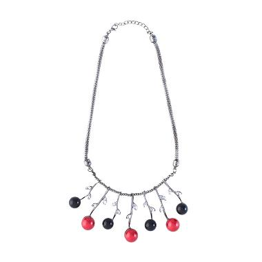 https://www.static-src.com/wcsstore/Indraprastha/images/catalog/medium/cherise-paxton_cherise-paxton-dacey-precious-necklace-black-red-kalung_full04.jpg