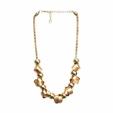 https://www.static-src.com/wcsstore/Indraprastha/images/catalog/medium/cherise-paxton_cherise-paxton-elvina-style-necklace-gold-kalung_full05.jpg