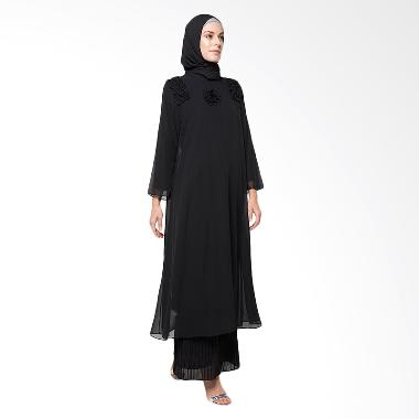 Diindri Hijab Blackrose Abaya