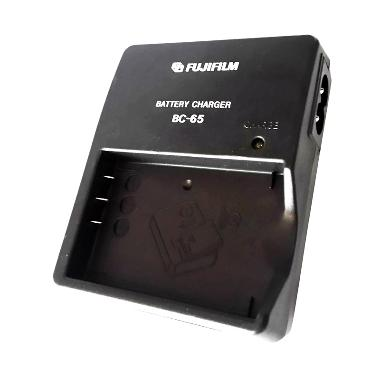 Fujifilm Charger BC-65 for Baterai NP-60/NP-95/NP-120/F-401/F-601