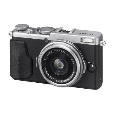 Fujifilm X70 Kamera Digital Pocket  ... SP-2 Silver + Memory 16GB
