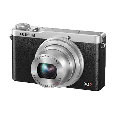 FujiFilm X Q2 Silver
