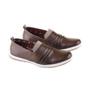 JK Collection Sneakers 5704 Sepatu Pria - Coklat. Rp 162.225 · Terbaru.  Catenzo ... 57d539b444