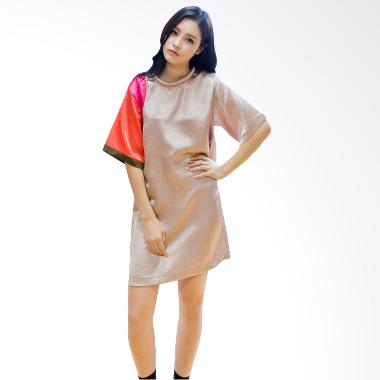 Kakuu Basic Color Accent Silk Dress - Beige