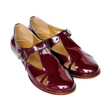 Loveliness Zuma Sandals Maroon      ...