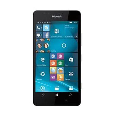 https://www.static-src.com/wcsstore/Indraprastha/images/catalog/medium/microsoft_microsoft-lumia-950-white-smartphone_full04.jpg