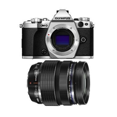 Olympus Digital Camera OM-D E-M5 Ma ...  M.Zuiko 45mm F/1.8 Black