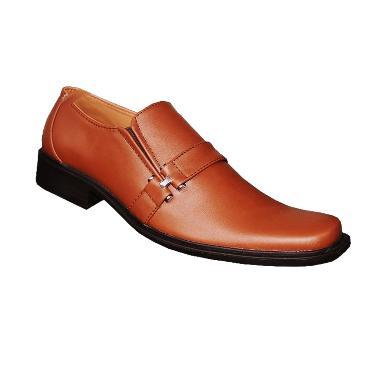 S. van Decka TK010C Sepatu Formal Pria - Coklat