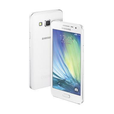 Samsung Galaxy A5 Smartphone - Putih
