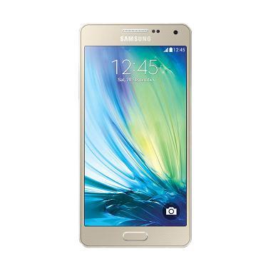 https://www.static-src.com/wcsstore/Indraprastha/images/catalog/medium/samsung_samsung-galaxy-a710-smartphone---gold--garansi-resmi-1-tahun-_full04.jpg