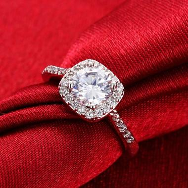 Bella Co Ring AKR002 C 7 Aksesoris Cincin Lapis Emas
