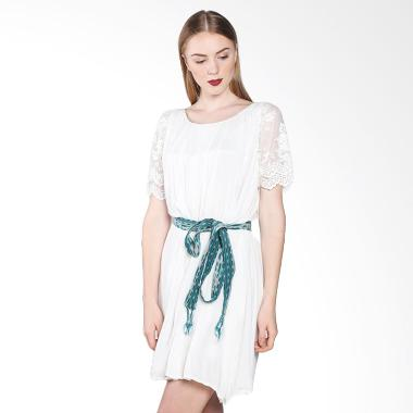 Truna Amaryllis Dress - White