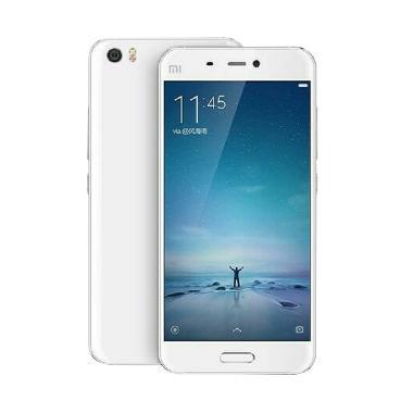 https://www.static-src.com/wcsstore/Indraprastha/images/catalog/medium/xiaomi_xiaomi-mi-5-smartphone---white--ram-3-gb-32-gb-_full04.jpg