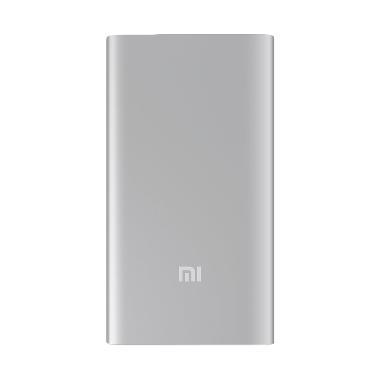 Jual Xiaomi Slim Powerbank - Silver [5000 mAh] Harga Rp 179000. Beli Sekarang dan Dapatkan Diskonnya.