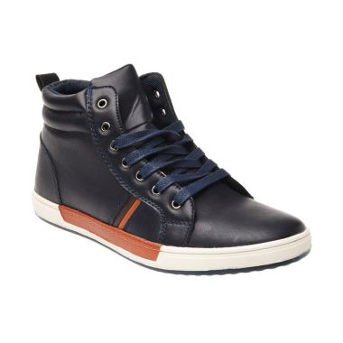 Yongki Komaladi SINN 24501 Sepatu Pria Casual